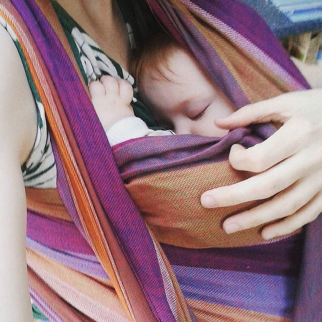 tragetuch neugeborene